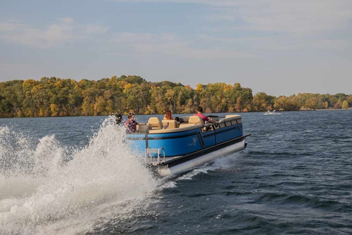 2021 Lago Pontoon Boat | Viaggio by Misty Harbor